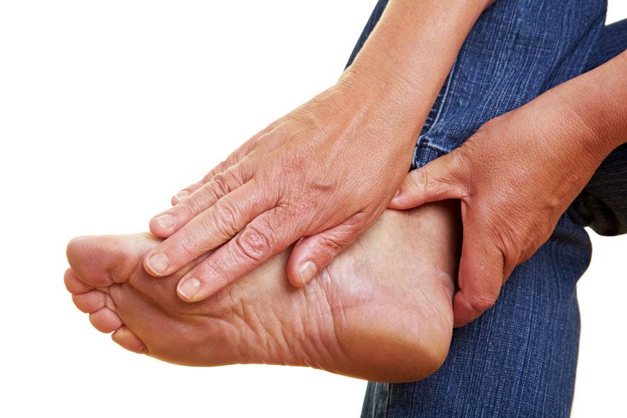 Ушиб сопровождается болью, но часто обходится без проблем для дерматологического покрова
