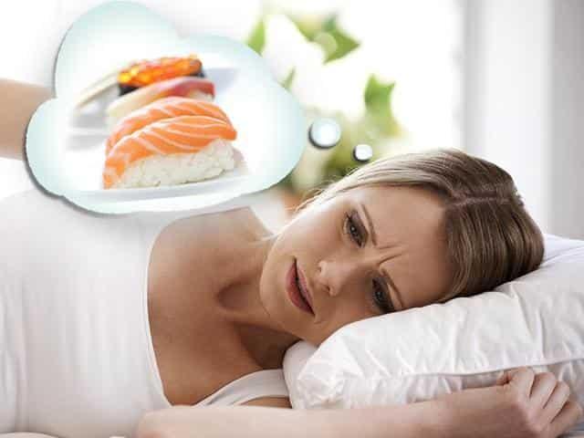Пищевая интоксикация возникает после принятия пищи, зараженной вредоносными бактериями, микробами или токсинами
