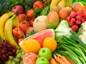 Употребляйте больше овощей, фруктов, нежирного мяса и рыбы