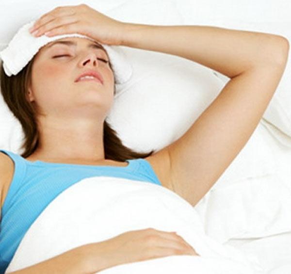 Используйте холодный компресс на тело больного
