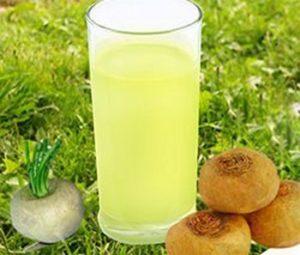 Сырую репу натирают, отжимают сок и принимают внутрь сразу после кровоизлияния